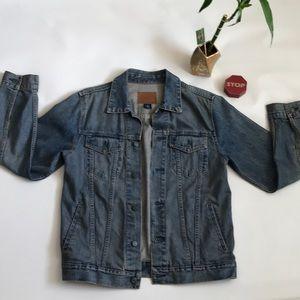 GAP Premium jean jacket size m natural color